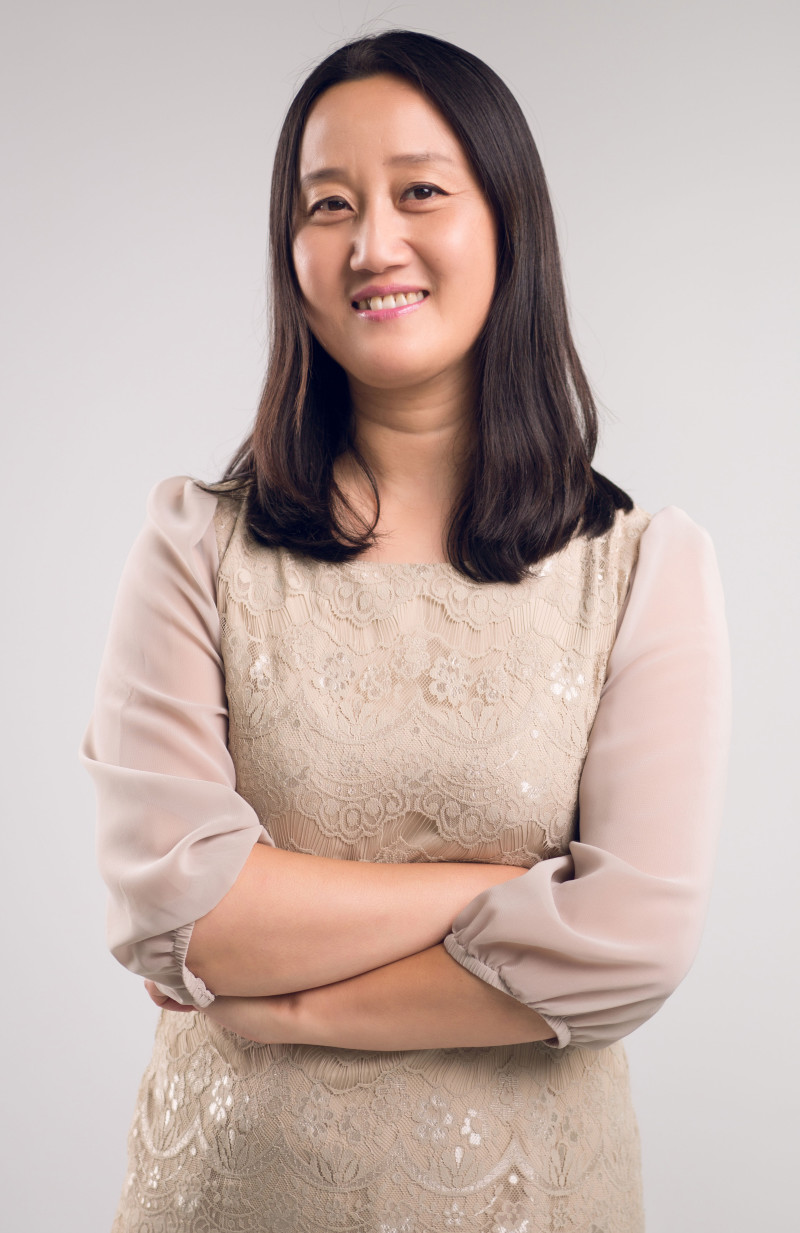 Susi Zhang  Project Director
